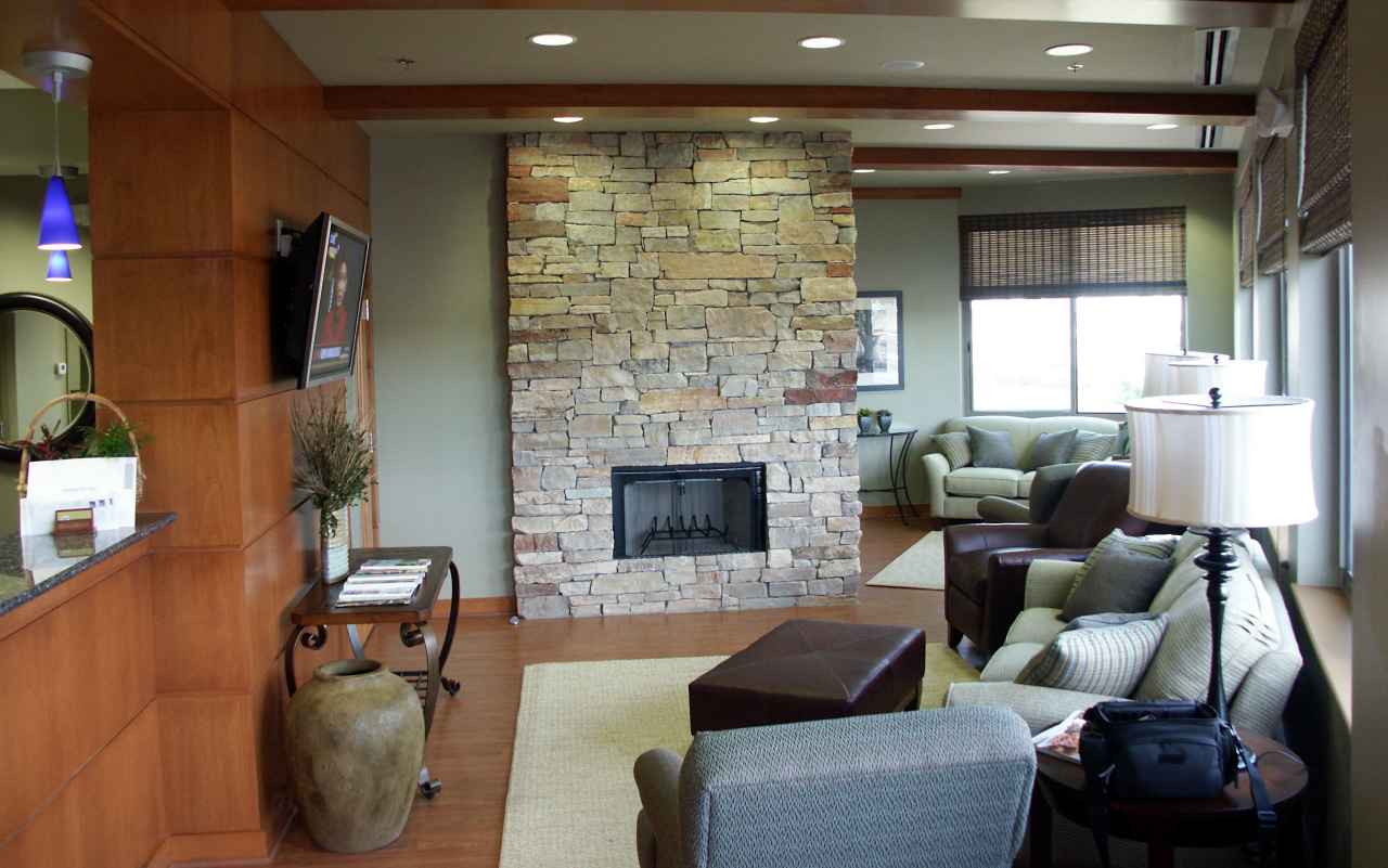 Ashbrook Center for Dentistry - Waiting Area