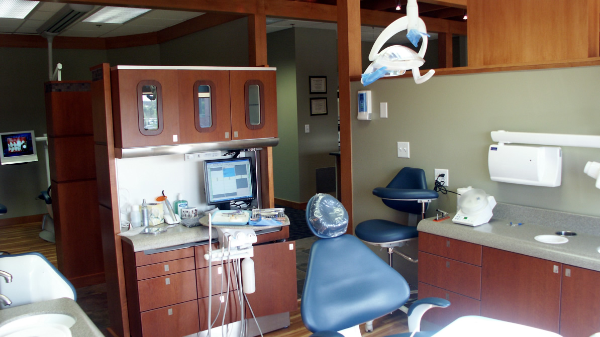 Ashbrook Center for Dentistry - Examination Room
